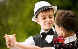 Как научить малыша танцевать. Как научить танцевать ребёнка не выходя из дома