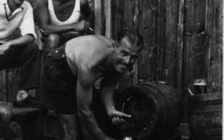 Колымские рассказы: Разговор юристов. Питание и быт заключённых в немецких лагерях
